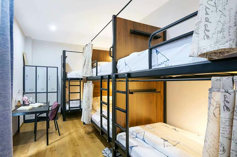 连体公寓床