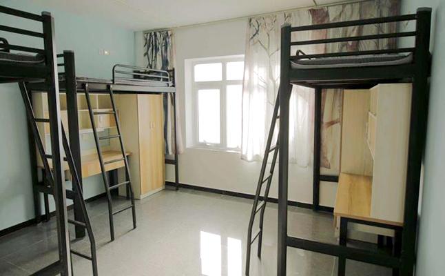 钢制公寓床