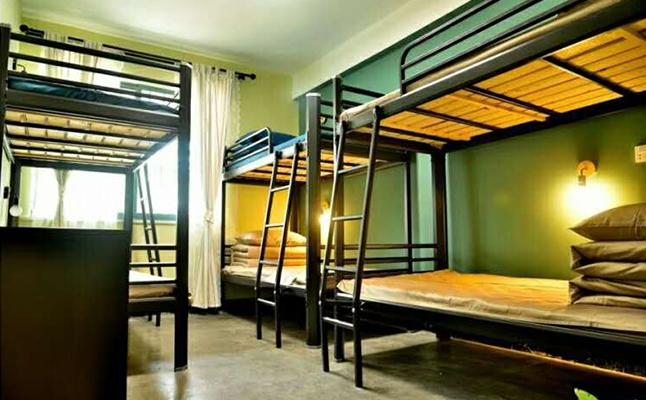 员工公寓床
