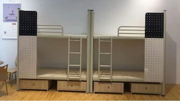如何选择生产封板床、隐私床的厂家?
