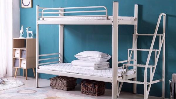 铁架双层床选购的基础是稳固