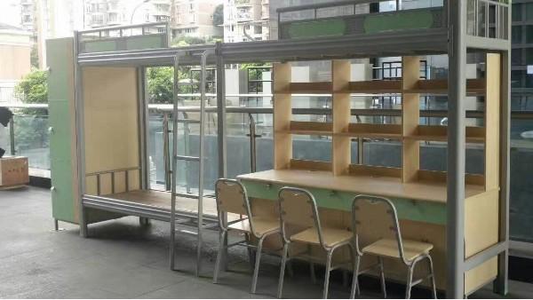 学生宿舍选钢制公寓床还是木质公寓床好