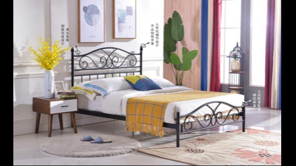 光彩家具的单层铁艺床