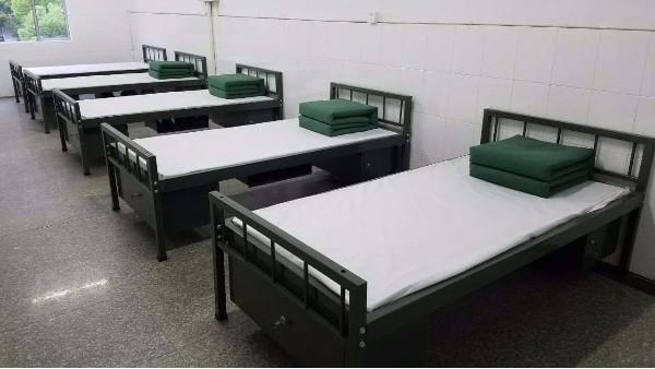 部队用的上下铺铁床一般有什么要求?